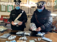 SEQUESTRATO UN CHILO DI COCAINA DAI CARABINIERI, DUE PUSHER  ARRESTATI